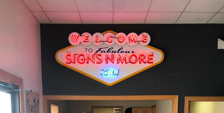 Des Moines Neon Signs For sale, Neon Sign Repairs - Signs 'N More Iowa